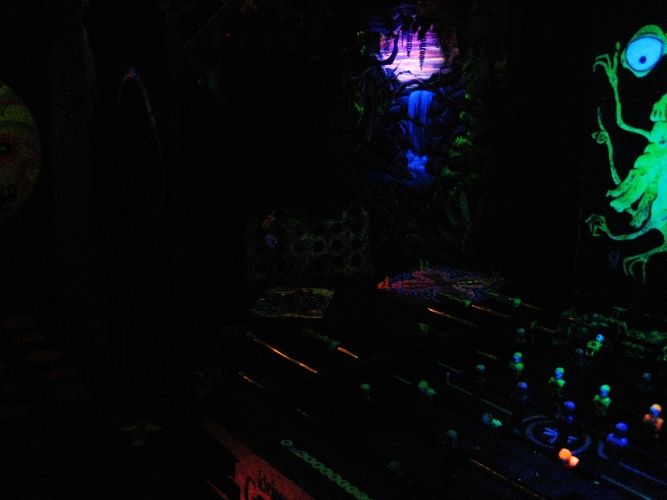 Grusel gewusel englishblacklightgameskids part of our blacklight games action is face painting we use uv dayglow aquacolor which is water soluble and tolerated by the skin aloadofball Choice Image